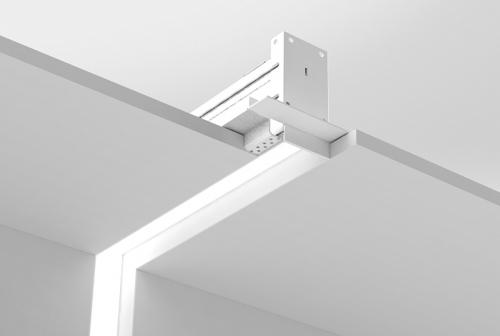 Microlinea Recessed Series 2 - Vertical 90 Deg. Corner - Spackle Flange w_Regress Lens
